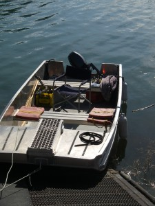 river skiff for tours